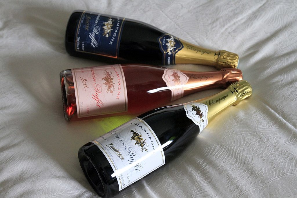 Damien-Buffet-bouteille-champagne-ResRoseTrad