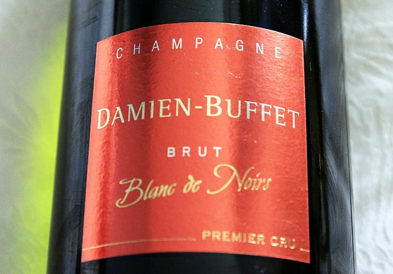 bouteille de champagne premier cru brut blanc de noirs damien buffet a sacy