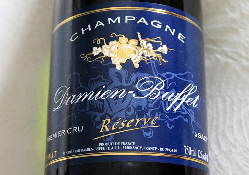 bouteille de champagne premier crub brut reserve damien buffeta a sacy
