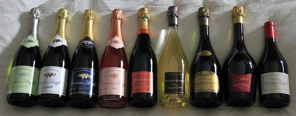 Damien-Buffet-gamme-champagnes-ratafia