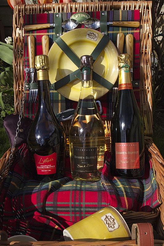 champagne-damien-buffet-panier-pique-nique