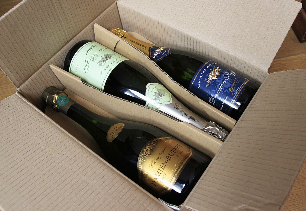 damien-buffet-carton-decouverte-champagnes-1